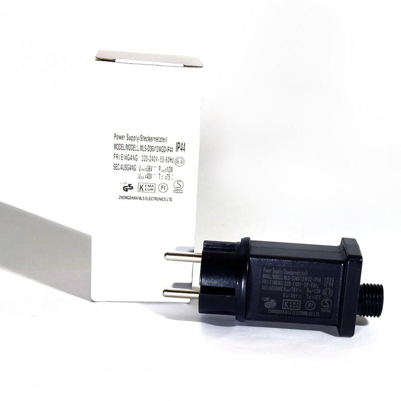 Adapteris tinka lauko / vidaus girliandoms, lazeriams-projektoriams ir kitiems įrenginiams.